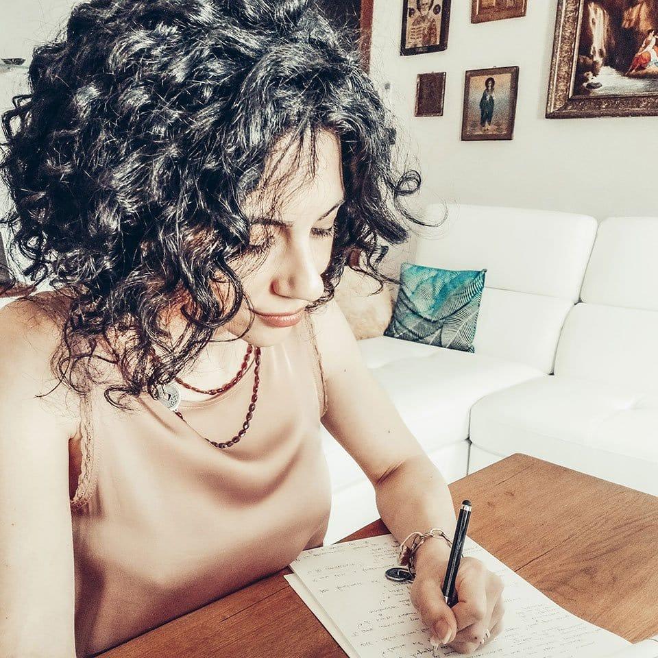 Roslai Aiello Lavora come networker
